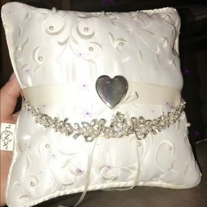 Other - Crown and ring pillow